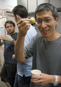 in the front: Guojun Sheng, in the background: Cantas Alev and Ruben Buys